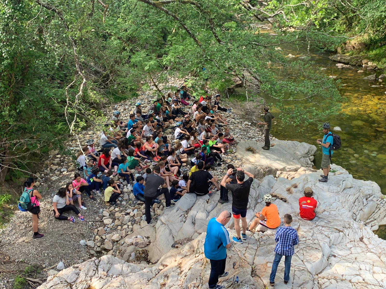 Más de 500 alumnos han participado ya en el programa Valles del Oso esta temporada